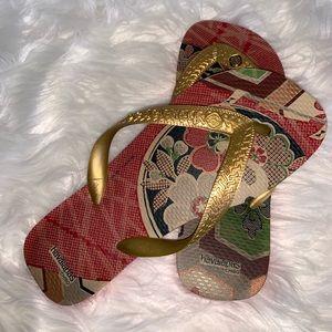 HAVAIANAS chico flat sandals